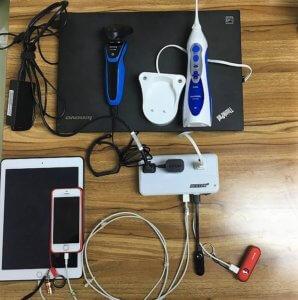 BESTEKに電化製品を繋げているところ