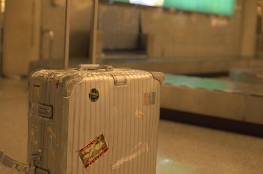 スーツケースのレンタル中についてしまった傷!トラブル対処法は?