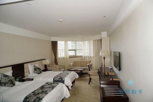 チンハイ チベット レイルウェイ ホテルの部屋の様子