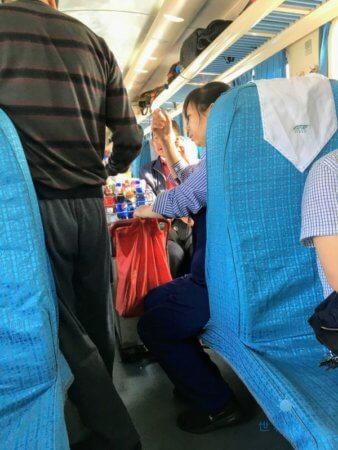 中国の普通列車