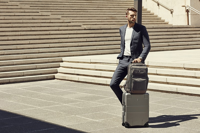 ビクトリノックスのスーツケースで出張